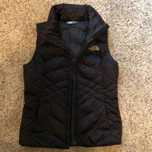 black north face vest